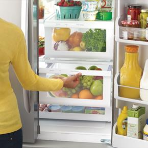 27.8 cu.ft French Door Refrigerator With SpillSafe Glass Shelves And Glide Drawers